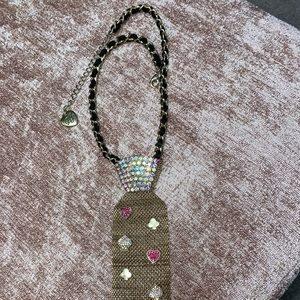 Betsey Johnson tie necklace